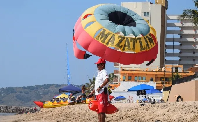 Mazatlan police refine details for (Semana Santa) easter holidays security